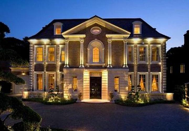 Case di lusso al top a firenze e genova ufficio tributi for Immagini case di lusso