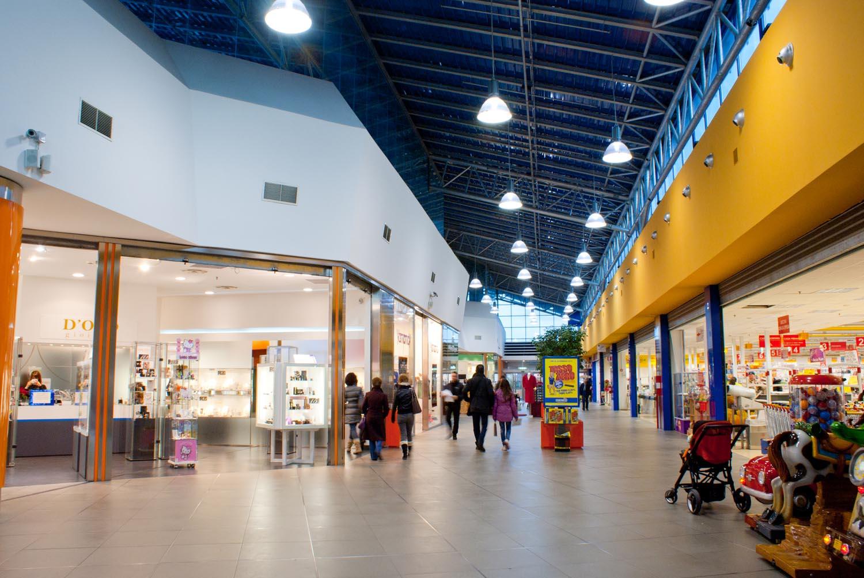 Tassazione tarsu dei centri commerciali come gallerie d for Centro commerciale campania negozi arredamento